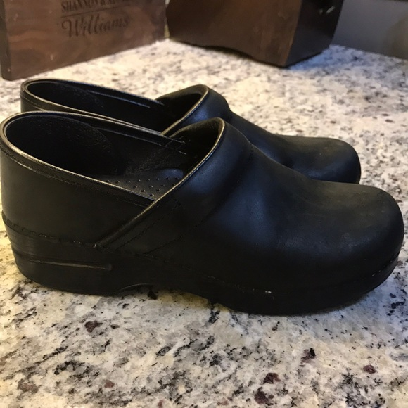 52c4af31f12 Dansko Shoes - DANSKO Professional Black Oiled Leather Clogs. 39